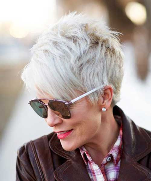 2019's Best Short Haircuts For Older Women