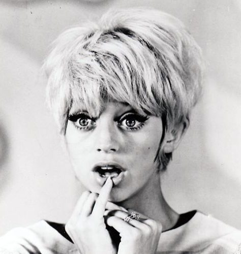 70s bob hairstyles with bangs