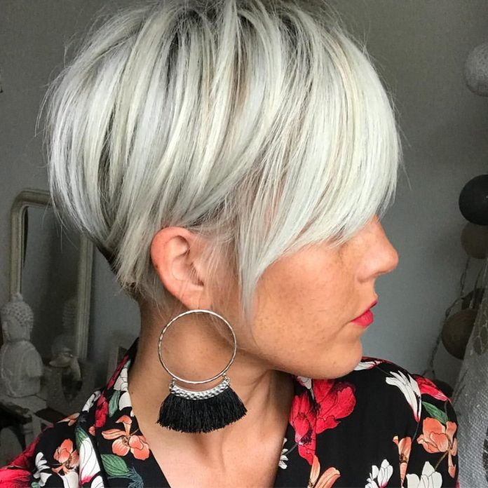 Older short hairstyles for fine hair over 60