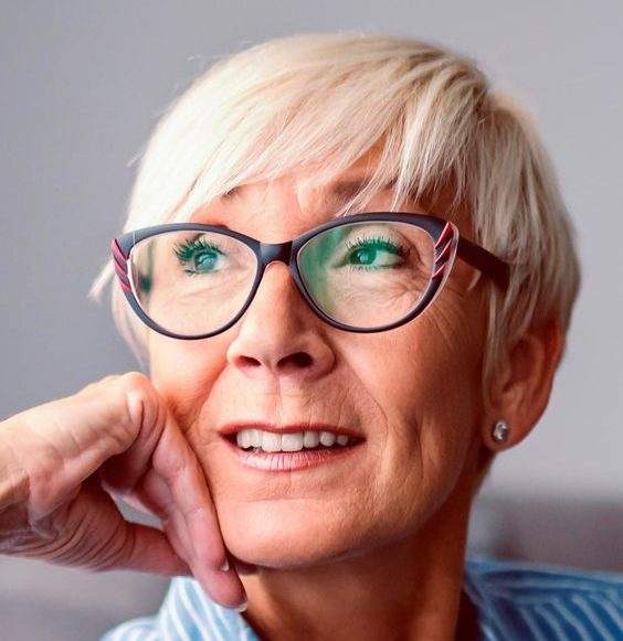 old woman short hairstyles for over 50 fine hair