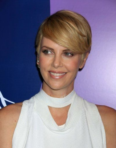 shoulder length charlize theron hairstyles