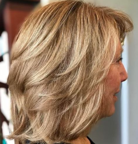 Low maintenance hairstyles for 50 year old woman
