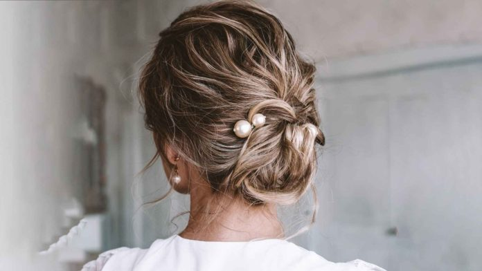 Step by step updos for short hair